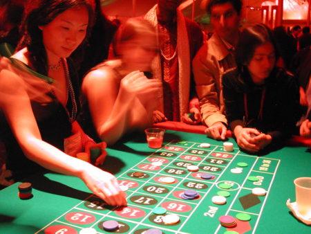 Best Bitcoin Live Casino Bonuses For The Leading Live Dealer Casinos
